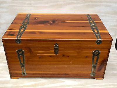 Vintage cedar chest,Trunk,1930s cabinet,finger joint,footed,Brass,16x10x8,nice