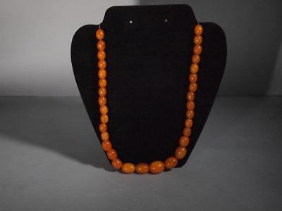 Beautiful Vintage Chinese Butterscotch Amber Beaded Necklace