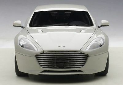 New Autoart 1/18 Aston Martin Rapide S Silver Fox Diecast Model 2015 70258