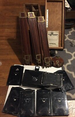 "Vintage  Voitlander Camera 3 1/2"" x 2 1/2"" No. 1880 Germany with Box and Extras"