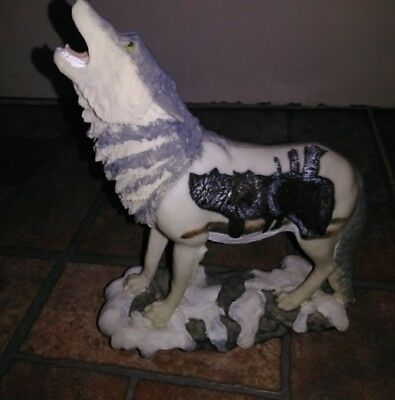 American Indian Howling Wolf Snowy Rock Ledge Resin Figurine Statue