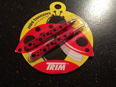 TRIM Slant & Point Tip Mini Tweezers 2 Count Pack Red Black Dot Design