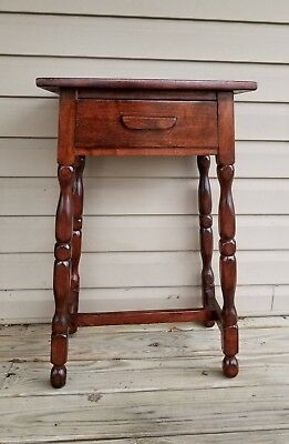 Vintage Solid Wood Nightstand With Dove-Tailed Drawer/Vintage Antique End Table
