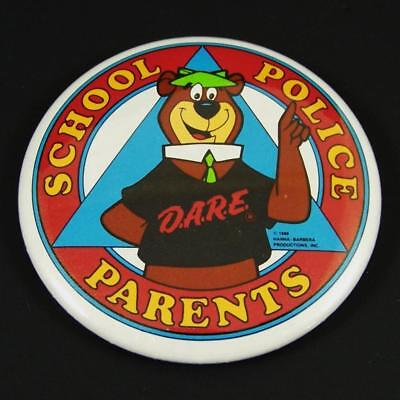 Vtg 1988 Yogi Bear DARE Button Pinback School Parents Police Drug Abuse D.A.R.E.