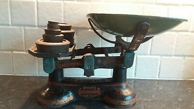 Vintage Cast Iron Weighing Scales With 5 Weights 163 5 00