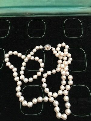 Antique Vintage Retro Genuine salt water Pearl 14k Retro Necklace 7mm 27 Inch