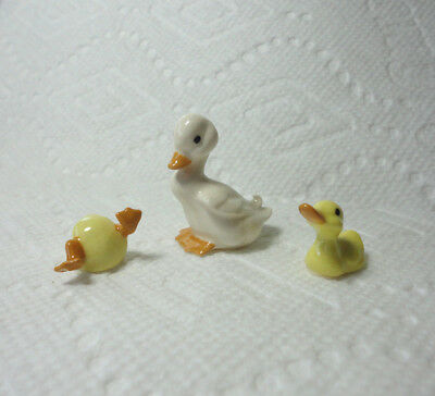 Vintage Hagen Renaker Mother Duck & 2 Babies