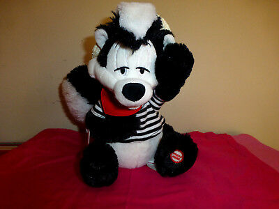 Hallmark Looney Tunes Pepe Le Pew Zee Song of Love Valentine's Day Talking Plush