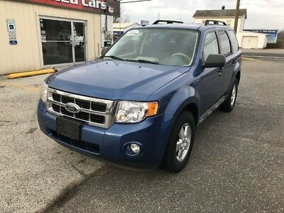 2009 Ford Escape XLT Sport Utility 4D 2009 Ford Escape, blue new body style great suv any  ask runs and drives great