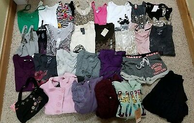 Huge 28 Pc Lot Ladies Teen clothes Size Small NEW Cute💞