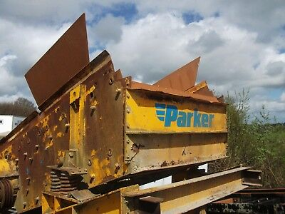 Screener Crusher Recycling - Parker Double Decker Screening  box