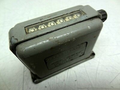 Vintage VEEDER-ROOT 6-DIGIT COUNTER # 120506-010 115VAC 60CPS 8-WATTS