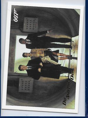 2017 James Bond Archives Final Die Another Day Card 72 Gold Foil Parallel #138