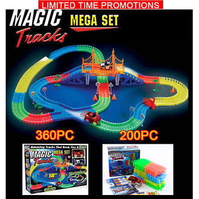 MAGIC TRACKS Glow in the LED LIGHT UP Dark RACE CAR Bend Racetrack Flex AU