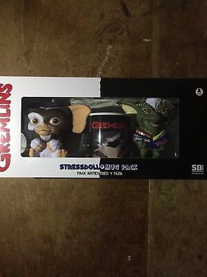 Gremlins Stress Doll And Mug Pack Super Rare Import From America