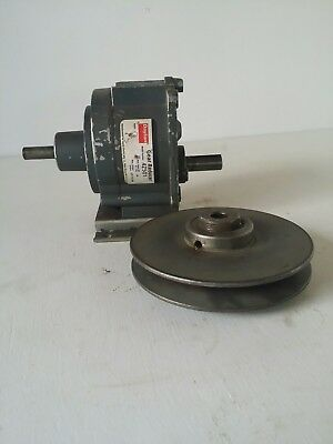 "Dayton Gear Reducer Model# 4Z501 Ratio 1 to 30 input 1/2"" output 5/8"" & Pulley"