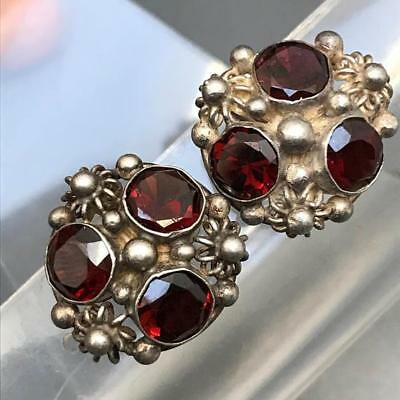 VTG Art Nouveau Arts & Crafts Sterling Silver Faceted Garnet Screw Back Earring