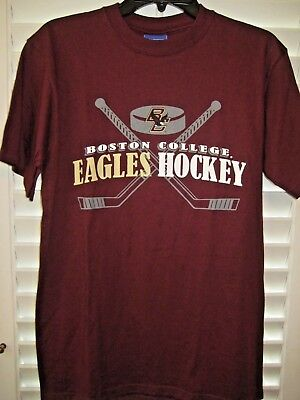 679e01ab1 BOSTON COLLEGE NCAA Mens Hockey T-Shirt by Champion- Size Medium ...