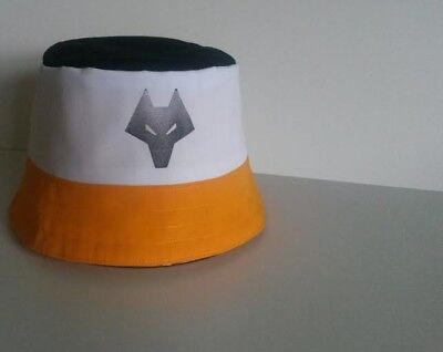 WOLVES F C Wolverhampton Football SIGNED First Team 2018 PROOF Ruben