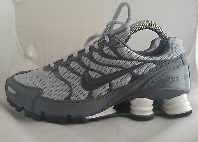 the best attitude a4abd 8ed10 MENS NIKE SHOX Turbo VI ID Running Shoes Size: 7 Color: Gray