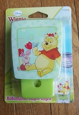 Disney Winnie the Pooh & Piglet Night Light LED Light-Sensing Children Kids