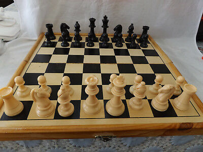 Vintage Chess & Backgammon Set in Wooden Board Case ~ Plastic Pieces