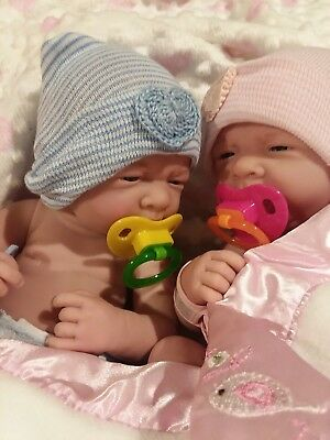 Preemie Twins First Yawn Babies Takes A Pacifier, Boy And Girl Anatomical
