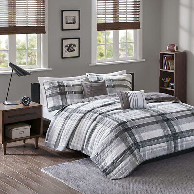 Beautiful Modern Casual Handsome Grey Black White Soft Plaid Stripe Quilt Set