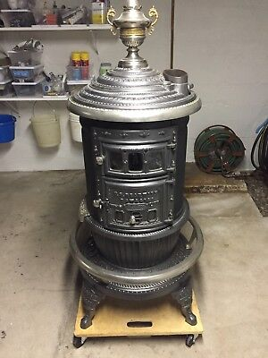 "Antique Round Oak 18"" Wood Stove - P.d. Beckwith"