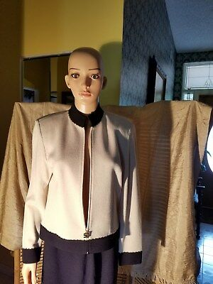 St. John Collec. By Marie Gray Beige Embellished Santana Knit Suit Jacket,size6