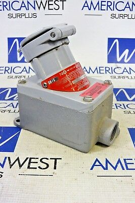 Appleton Cpr-23 Receptacle Interlocked With Switch 20 Amp 2Hp 250Vac