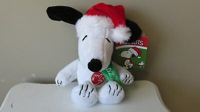 """Peanuts Snoopy Christmas Musical Plush Clip-on w/Santa Hat & Green Scarf 7"""" New"""