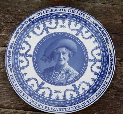Wedgwood Queen Mother Commemorative Plate commissioned by the Daily Mail