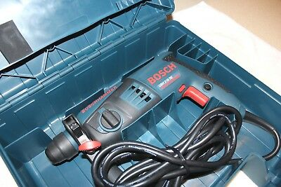 MINT BOSCH Professional 2-18RE 240V SDS Plus Rotary Hammer Drill + Moulded Case