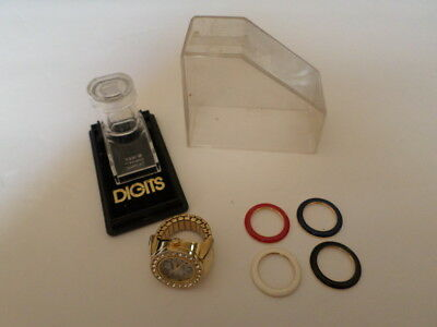 Vintage Digits Finger Watch With 5 Interchangeable Bezel Rings Gold Tone!