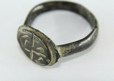 Lovely Authentic Ancient Roman Gents Ring. Engraved.    0A139