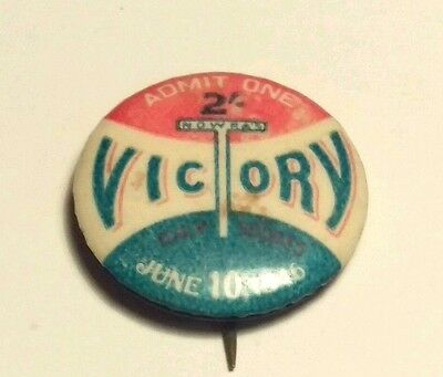 Victory Day 1946  Badge / Pin