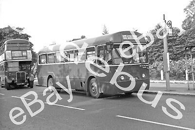 BUS NEGATIVE & Copyright LONDON COUNTRY NLE 578 [RF 578]
