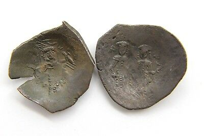 Two Byzantine Empire Comnenus Dynasty Bronze Coins - Very Fine        S10
