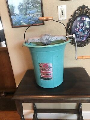 🇺🇸 ANTIQUE Great old ice cream hand crank Hostess Ice Cream Freezer! Farmhouse