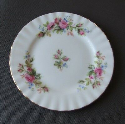 Collectable Vintage - Royal Albert Bone China - Moss Rose - Dessert Plate