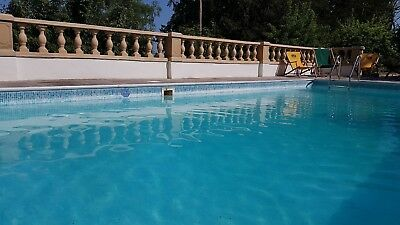 Huge Beautiful Accommodation near Bath.with heated pool, Wifi,Parking.Sleeps 10