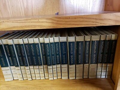 **- vintage WORLD BOOK ENCYCLOPEDIA, 1965 20 Volume Set