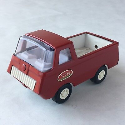 TONKA TRUCK Vintage 1960s Red Pickup Truck #515 Includes Box Very Nice!