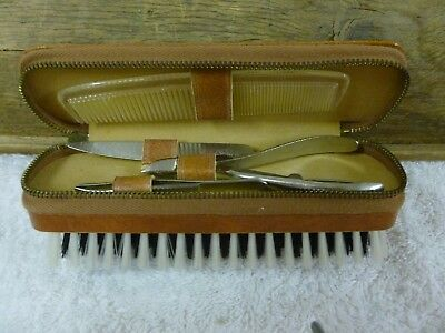 Vtg Mens Combined Brush & Manicure Set  Zip Storage Aboriginal Art Leather Case