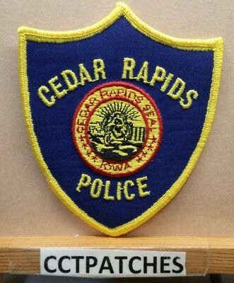 Cedar Rapids, Iowa Police Shoulder Patch Ia