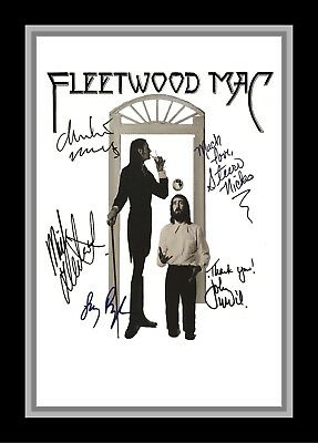Collectors/Photograph/Print/7 x 5 Photo/Fleetwood Mac/Signed/Printed Autograph