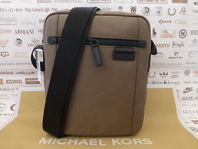 b62cdfcdcaac MICHAEL KORS Flight Bag TRAVIS Med Taupe Shoulder Body Canvas Bags New  RRP£120