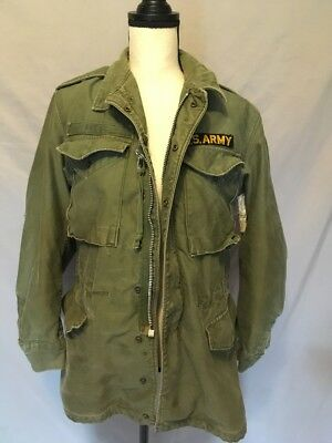 Vintage 8405-255-8590 green Field Jacket foreign military army size 4 small