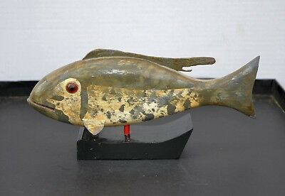 Vintage Hand Carved Folk Art Fish Decoy Ghost Fish
